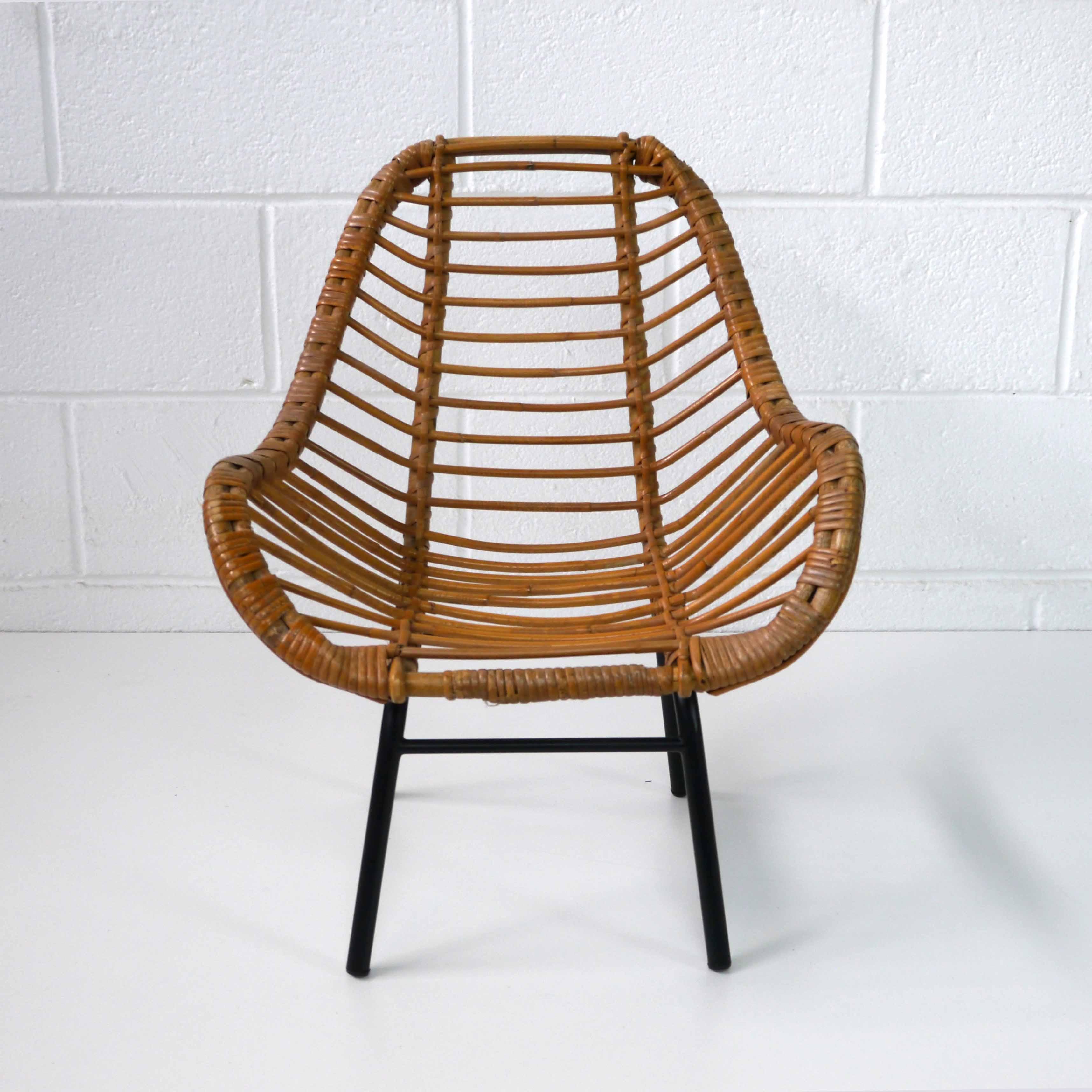 fauteuil enfant rotin 1960 la marelle mobilier et d co vintage enfants. Black Bedroom Furniture Sets. Home Design Ideas