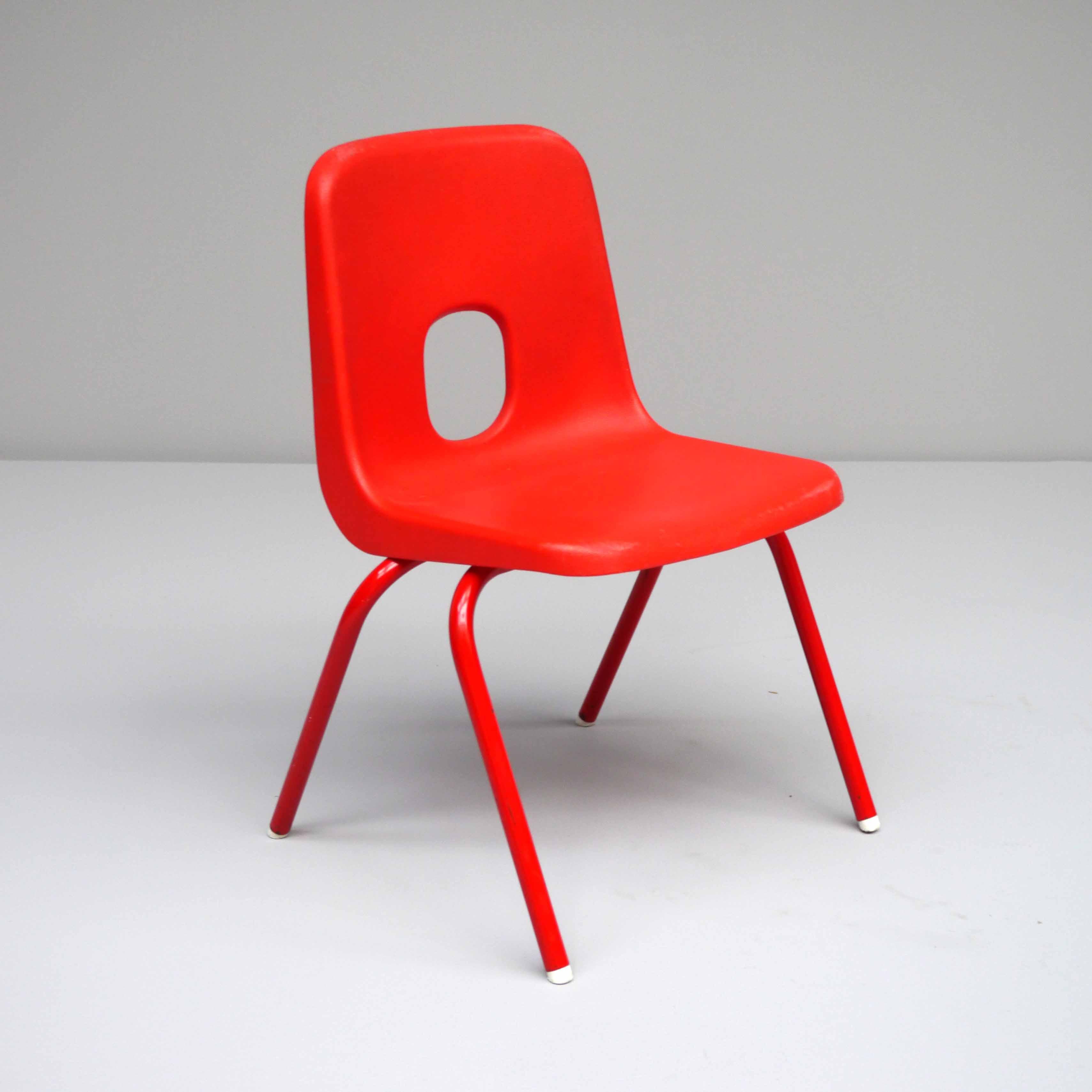 Robin DAY E Series Childrens Chair Circa 1972