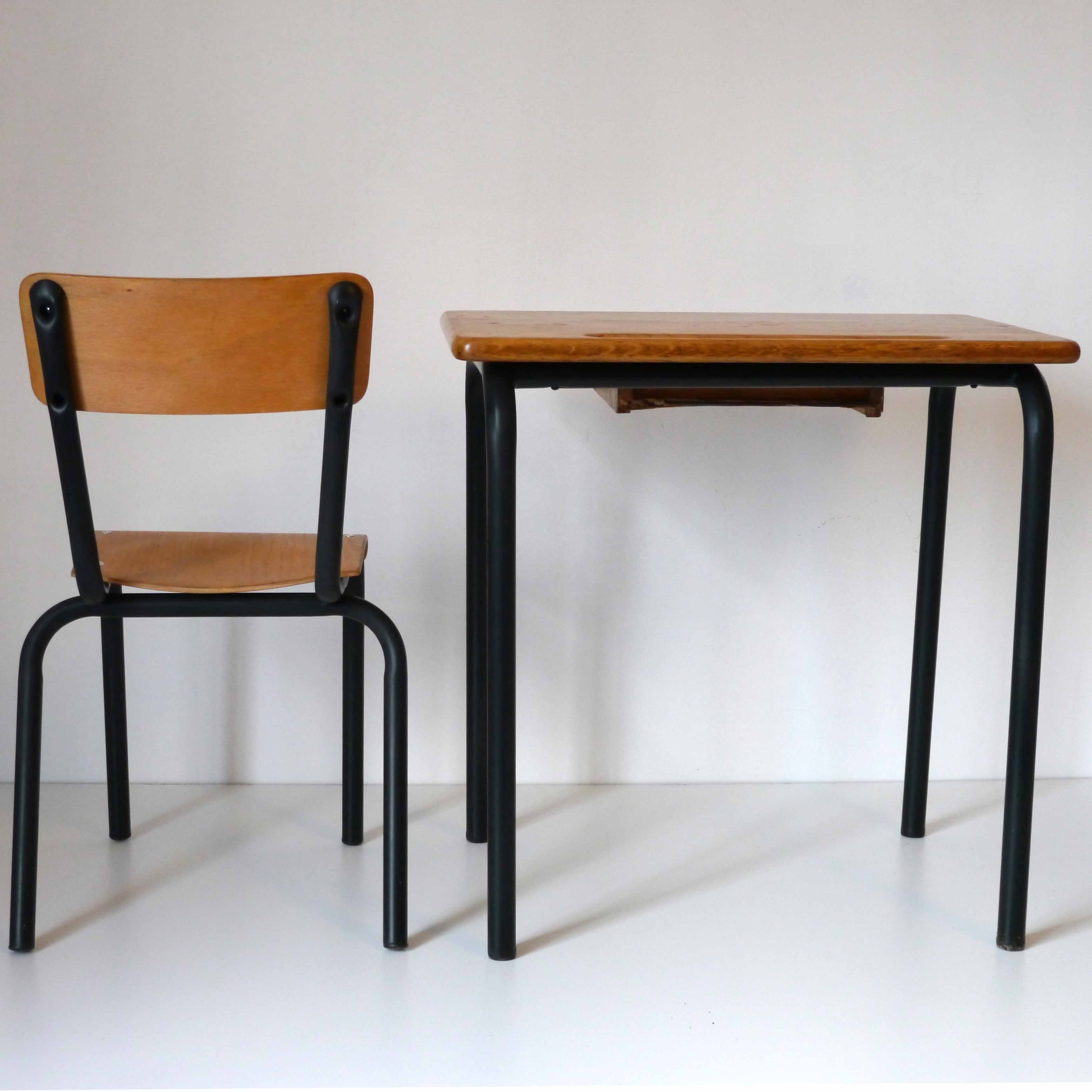 bureau ecolier noir la marelle mobilier vintage pour. Black Bedroom Furniture Sets. Home Design Ideas