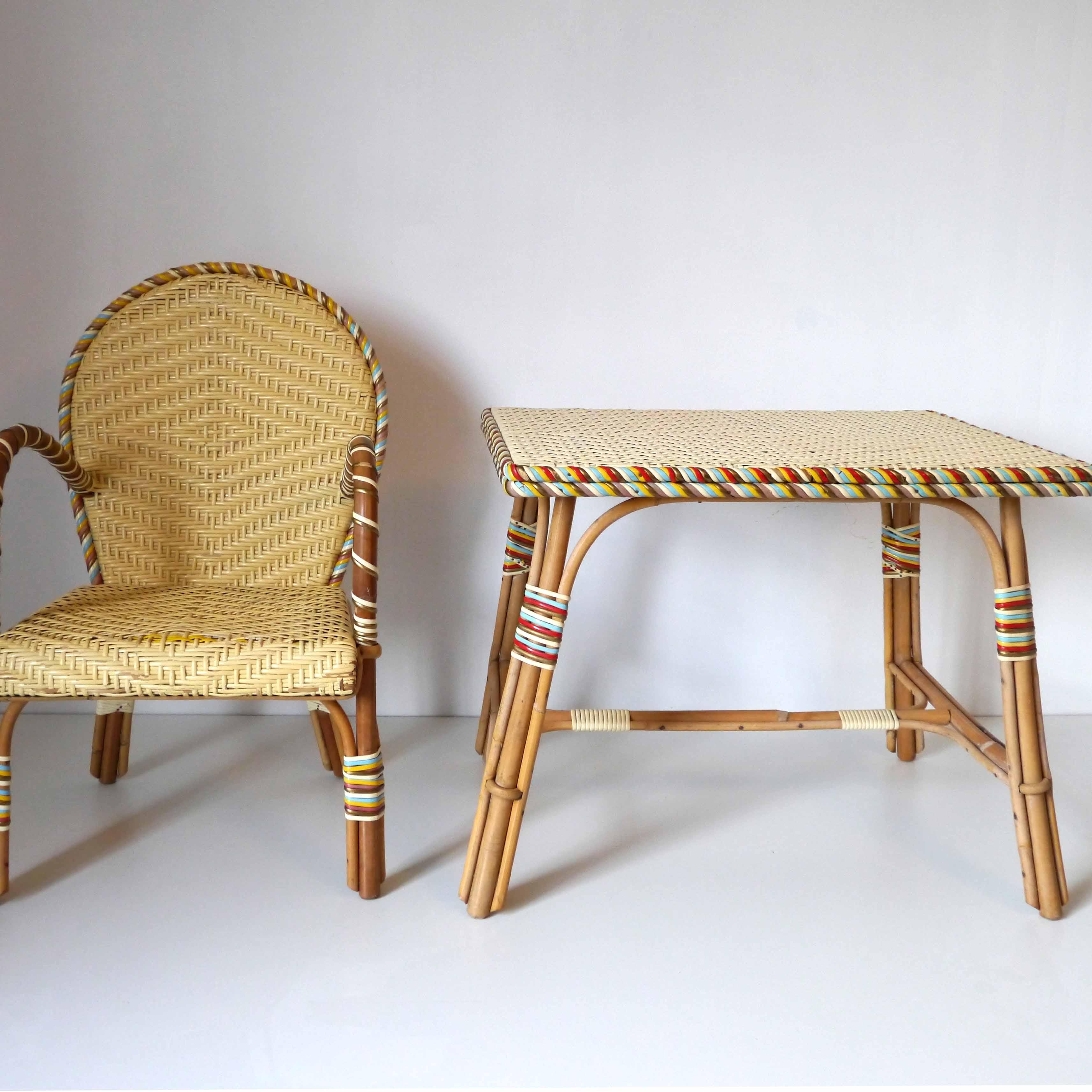bureau enfant rotin la marelle mobilier vintage pour enfants. Black Bedroom Furniture Sets. Home Design Ideas