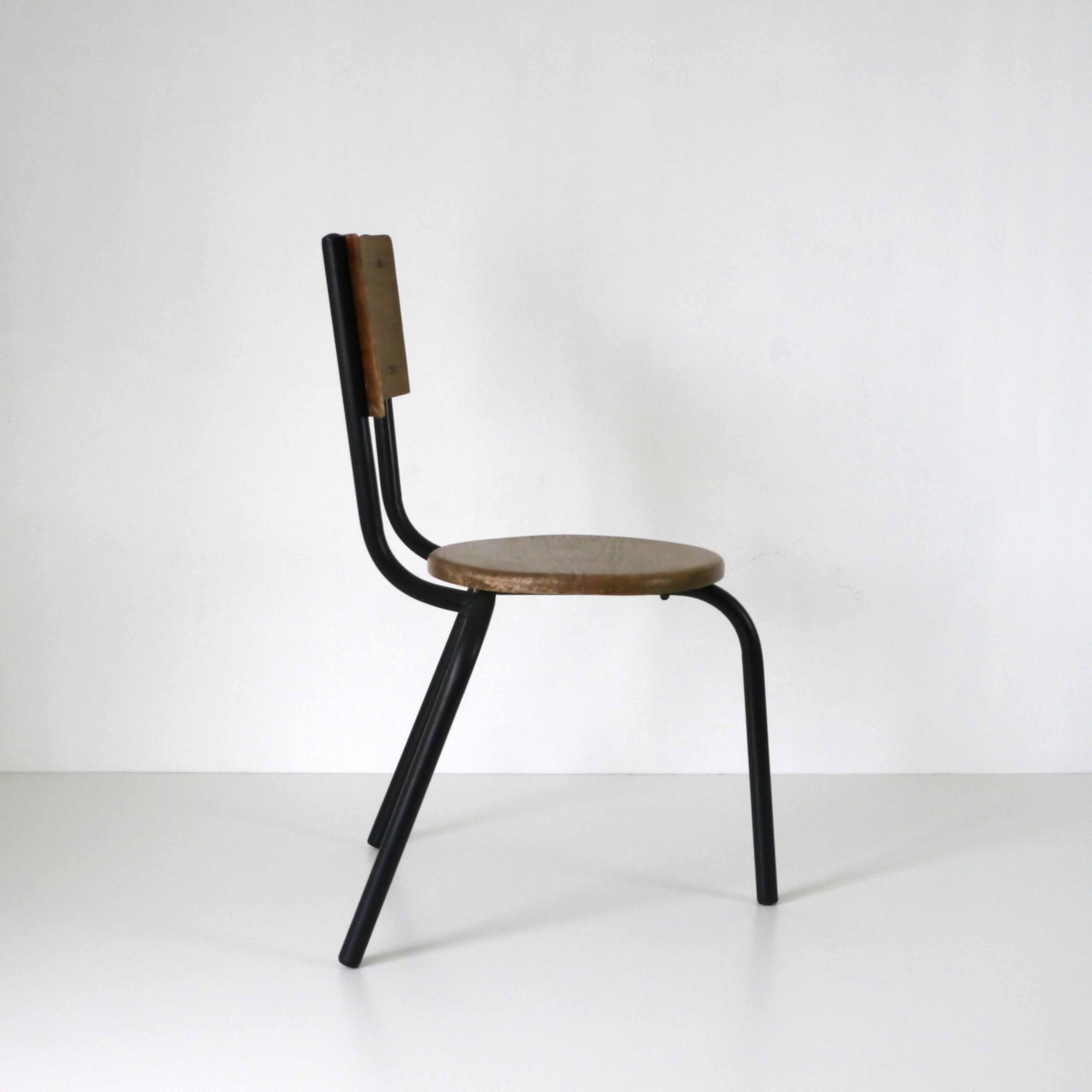 chaise enfant design la marelle mobilier vintage pour enfants. Black Bedroom Furniture Sets. Home Design Ideas